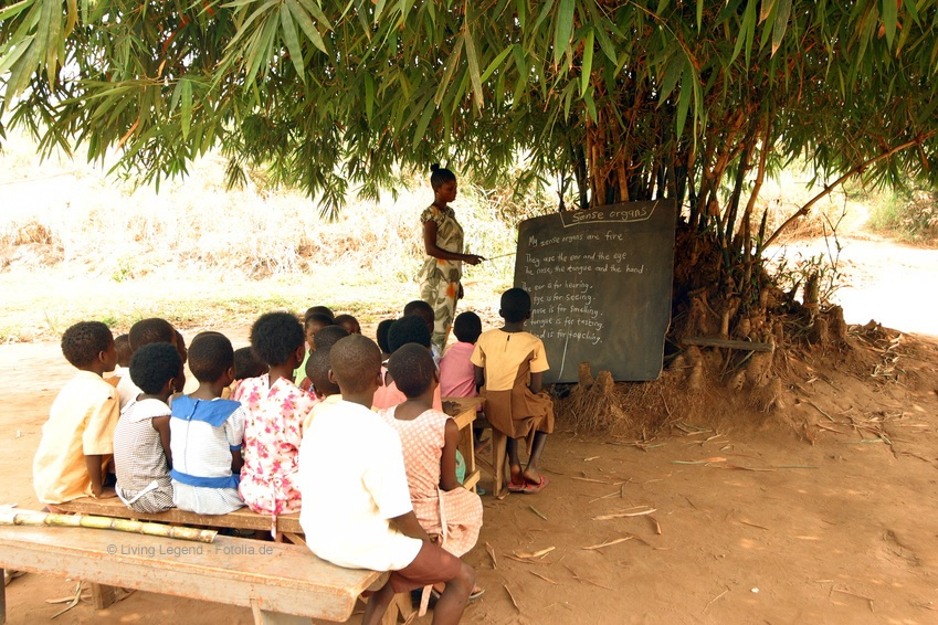Hunger in Afrika kann nur durch langfristige Aufbauarbeit eingegrenzt werden.